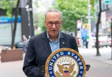 Chuck Schumer Calls for Removal of 2002 Iraq War Authorization